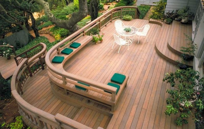 Curved redwood deck / North Marin