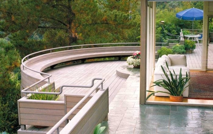 Elevated redwood and slate deck / Kentfield