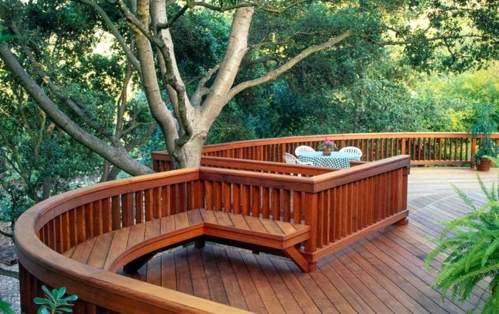 Curved redwood deck / Los Gatos