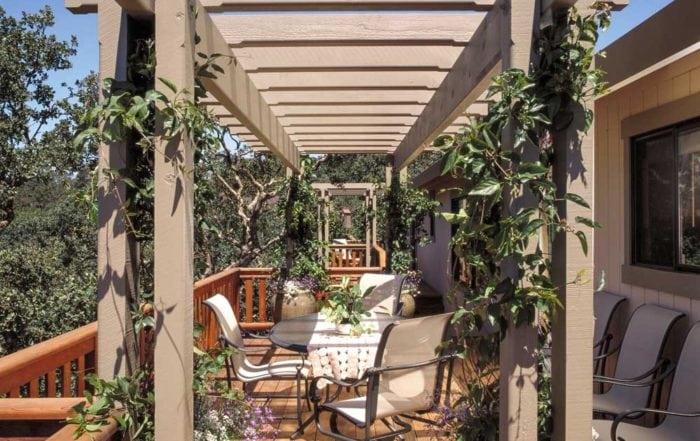 Deck & shade trellis / Novato